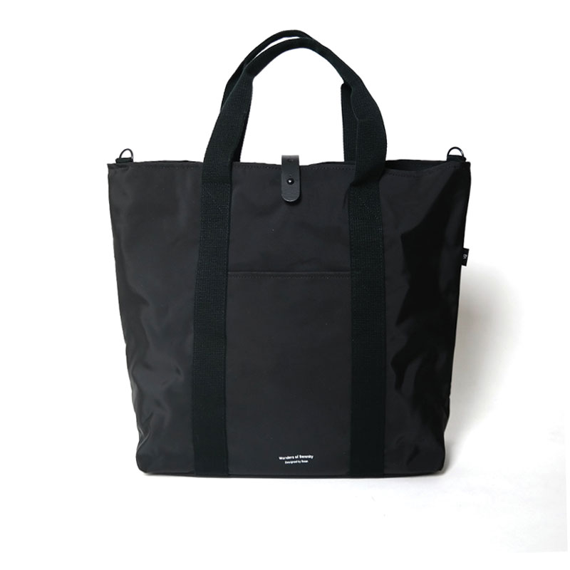 103 Totebag in Black by BAAN​