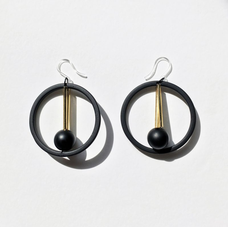 Youngly Youngley-Manchoo Earrings Black