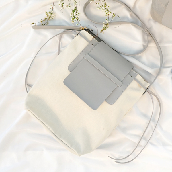 Bread Canvas Cross Bag- Ivory Gray
