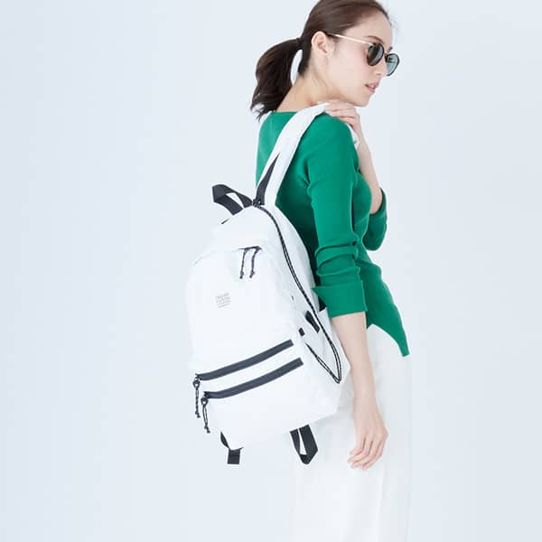 FIELD PACK - White
