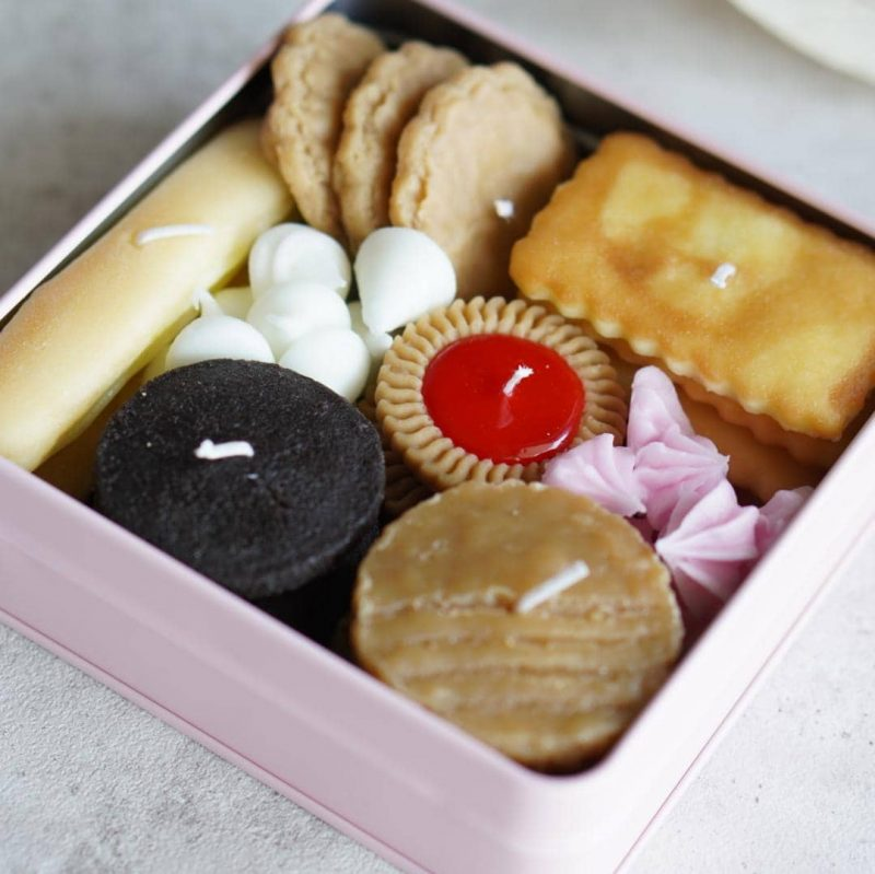 Cookie Tin Candles